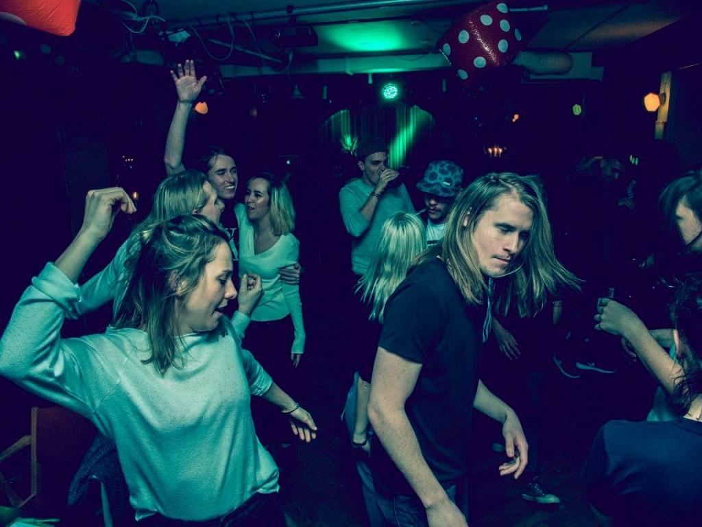 333 Company - Yatzyklubben - DJ Large